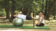 Čučnjevi na lopti – Vježbe rehabilitacije