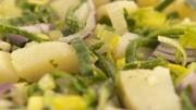 Krumpir salata sa porilukom i graškom